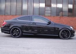 W204 C204 S204 C-Klasse Mercedes Tuning AMG Bodykit Felgen Auspuff Spurverbreiterung Carbon