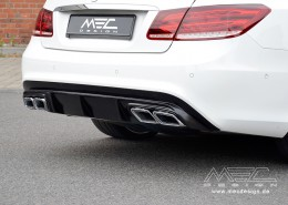 Diffuser with AMG End pipes (facelift)